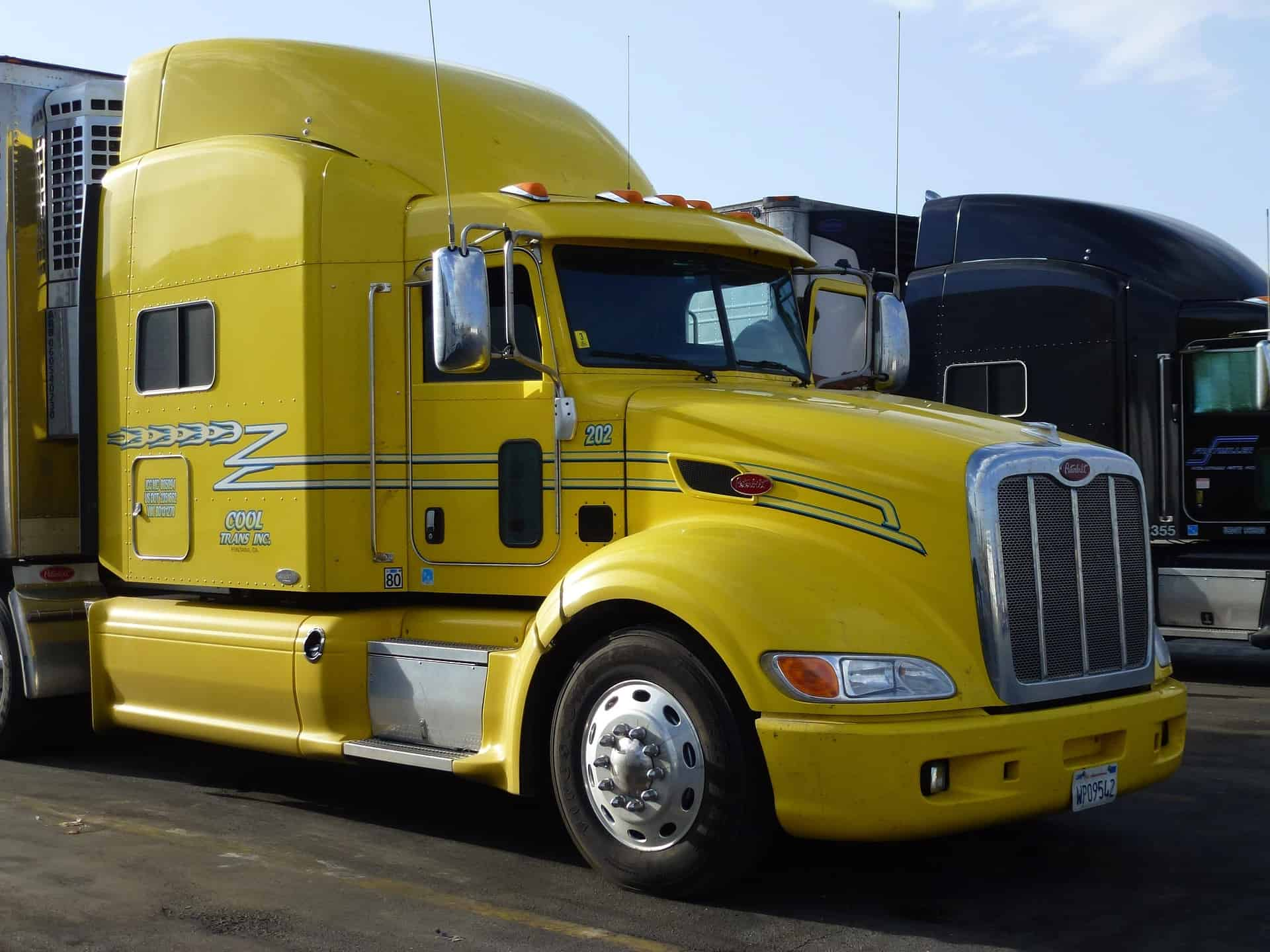 Who Might Be Liable for Damages After a Truck Accident? |